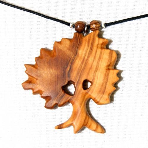 15- Collier arbre en Olivier