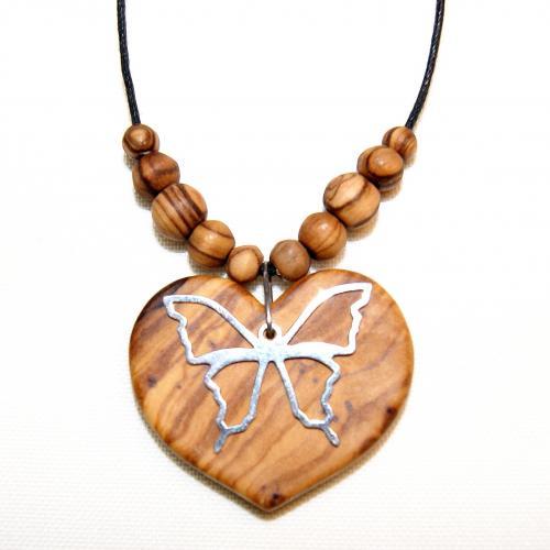 20- Collier cœur et perles en Olivier et papillon en Argent 925