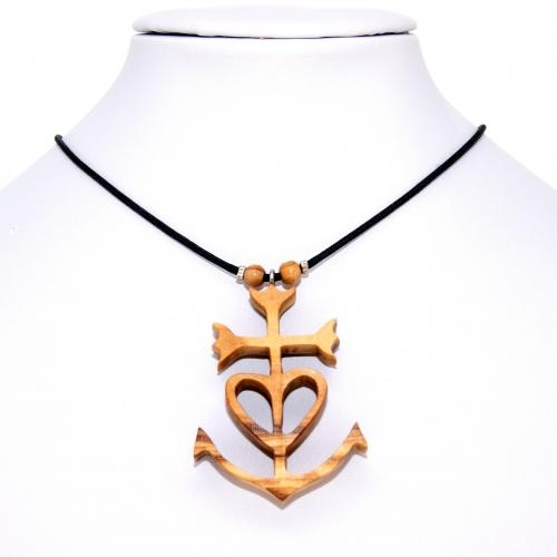 45 Croix de Camargue en Olivier