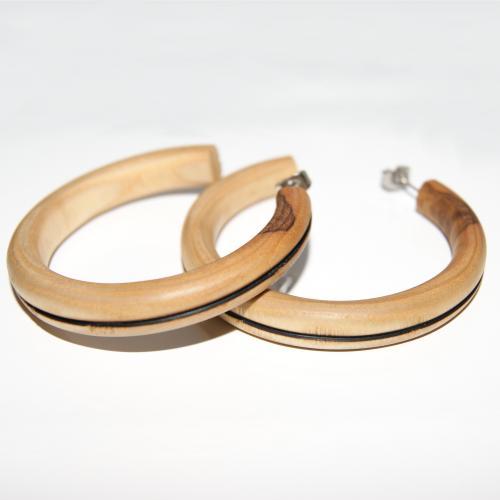 12- Boucles d'oreilles créoles en bois