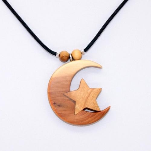 41- Collier Lune en Cade et étoile en Cerisier