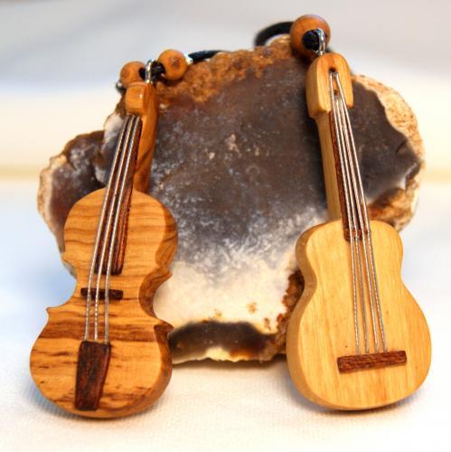 25- Colliers violon et guitare en Olivier et Palissandre